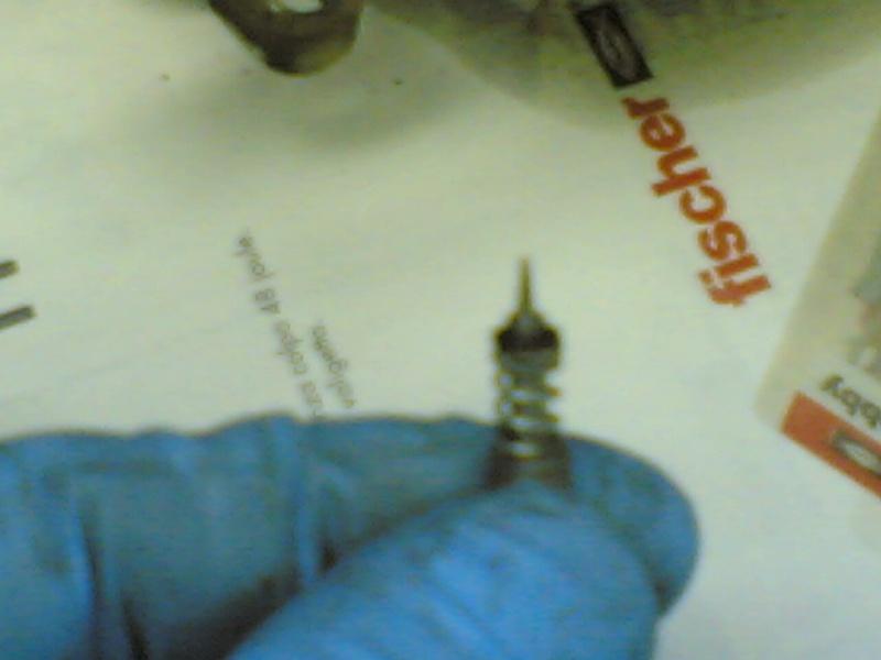 Pulire il carburatore BST 33 21102035