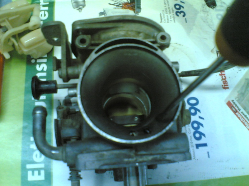 Pulire il carburatore BST 33 21102036