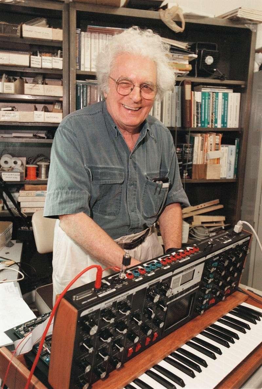 Robert Moog 23/05/1934 - 21/08/2005 08081211