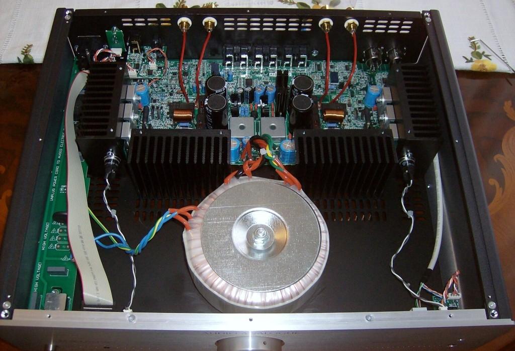 IMPRESSIONI SULL'AMPLIFICATORE INTEGRATO AUDIO-ANALOGUE FORTISSIMO BY AIRTECH Hpim2818