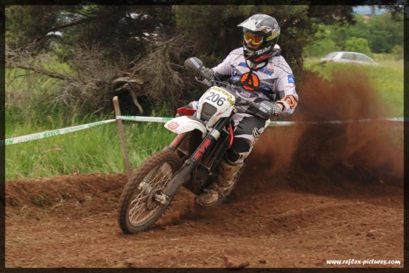 photo de vos moto pour création bannière Dsc_0310
