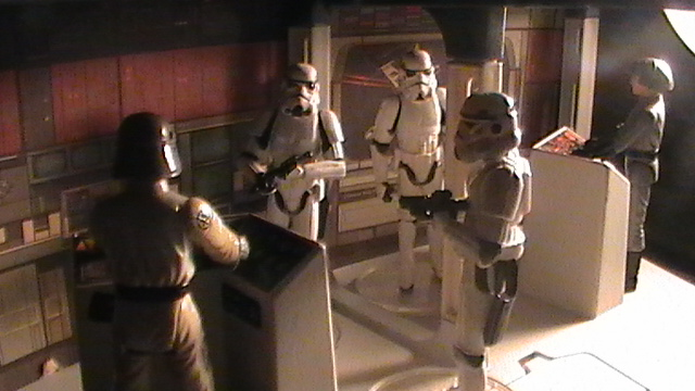 Star Wars Figures in Action!!: Overview On Page 1 - Page 5 S1470138