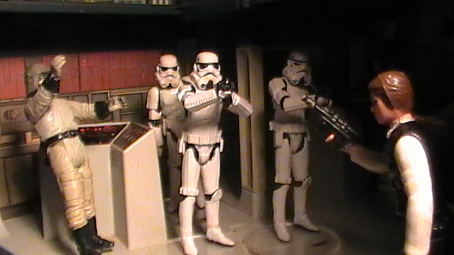 Star Wars Figures in Action!!: Overview On Page 1 - Page 5 S1470140