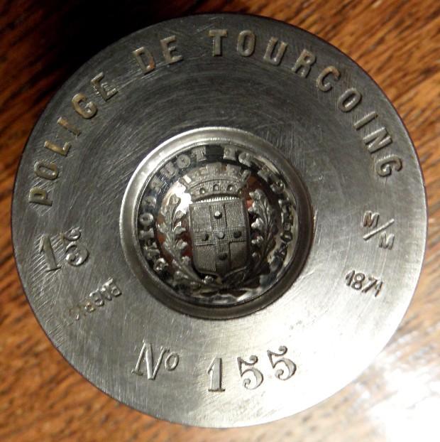 Des matrices de boutons d'uniforme - année 1871. Sam_2315