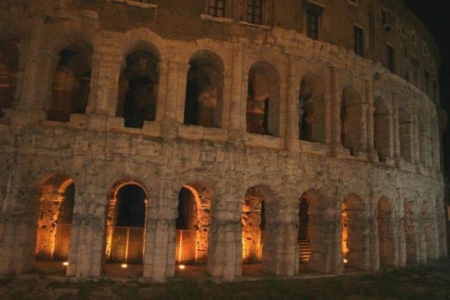 LE FORUM EN IMAGES Rome_m10