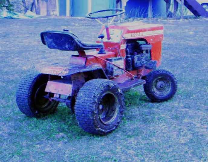 atv hub on lawn mower rear axle 25976810