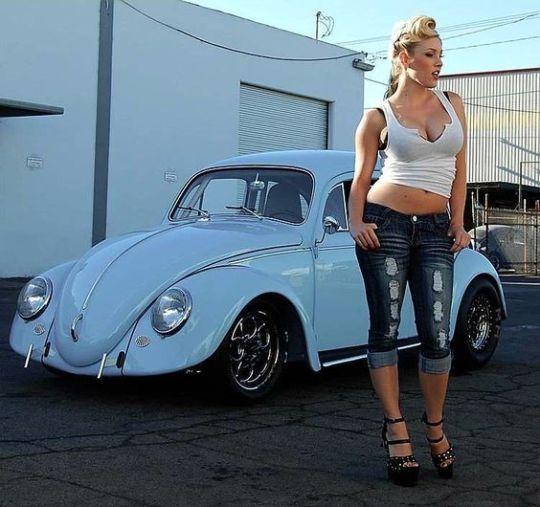 Les Jolies Femmes et l'Automobile XIV -3c42010
