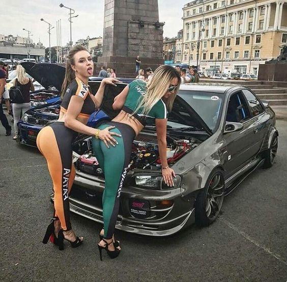 Les Jolies Femmes et l'Automobile XIV - Page 3 -9ed4110