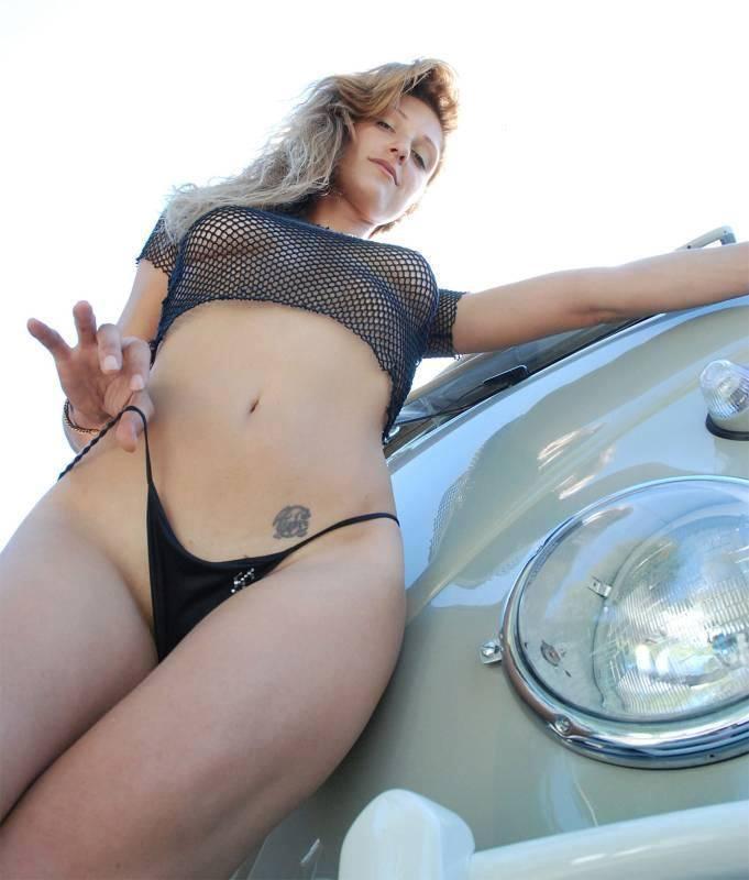 Les Jolies Femmes et l'Automobile XIV - Page 2 -sexyg71