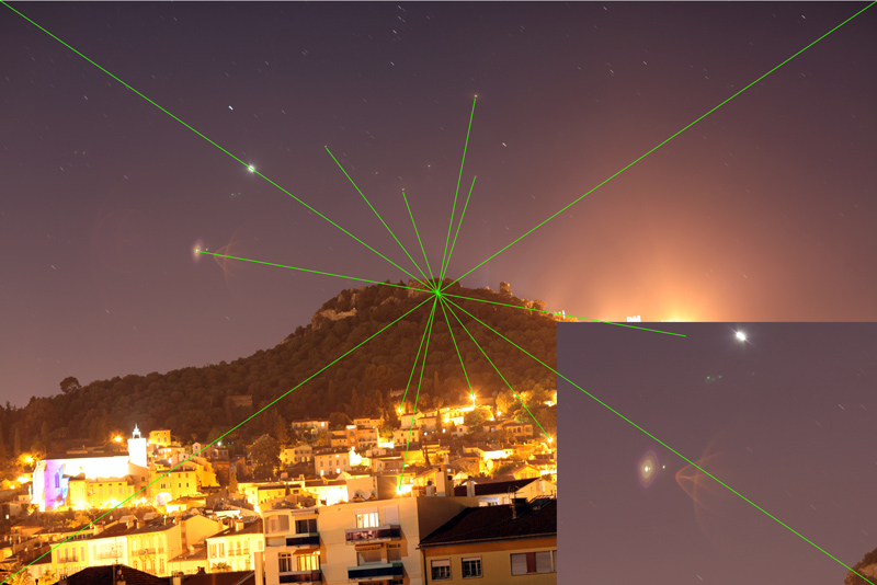 2012: le 30/04 à 23:00 - Ressemblant a un tête de chat de couleur roseBoules lumineuses - Hyères (83)  Venus-11