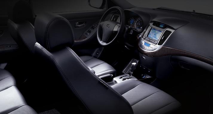 Hyundai Elantra Híbrido (eléctrico-GLP) Avante23