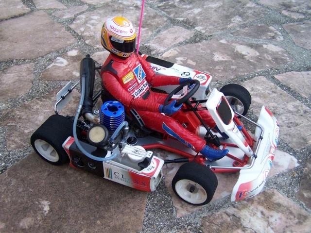 Nouvel achat fort sympathique kart kyosho Cadet510