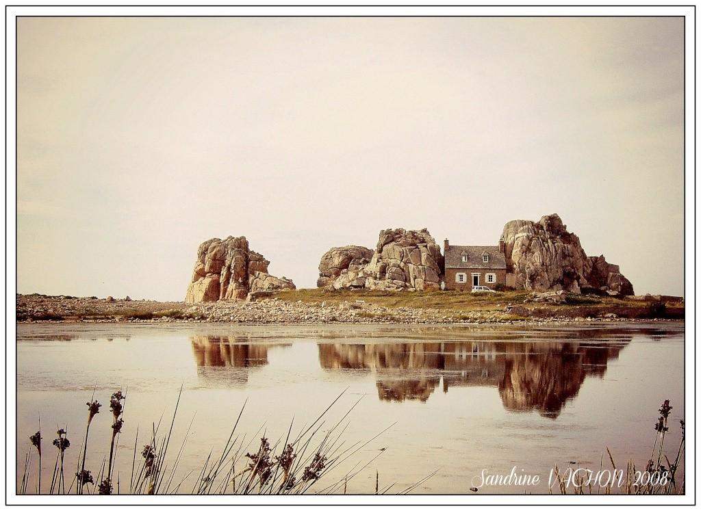 La maison entre les rochers Septem10