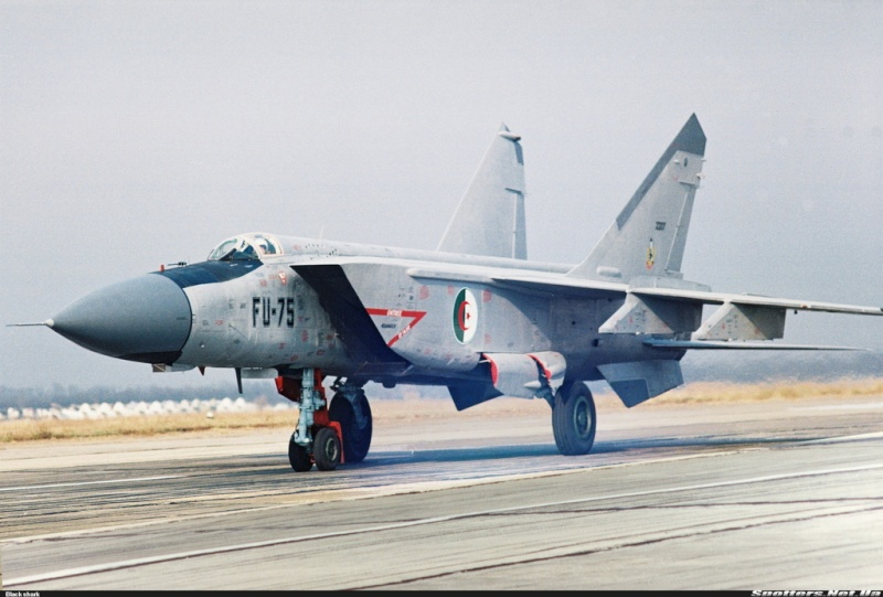 "Mig-25RB/RBSh ""Foxbat"" 00000211"