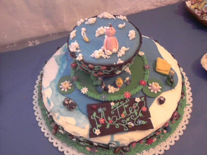 finalmente... la torta del battesimo di matteo 2011-013
