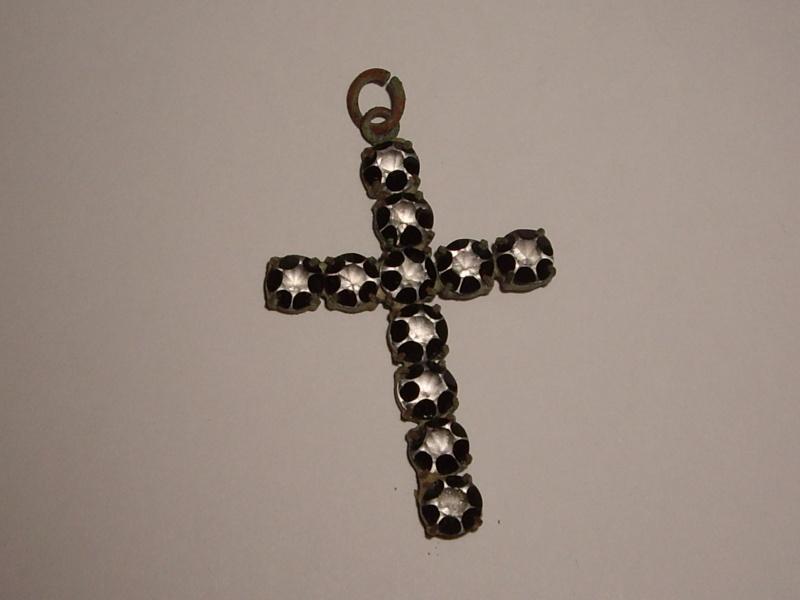 Joli croix de chapelet - début XXème Imgp8813