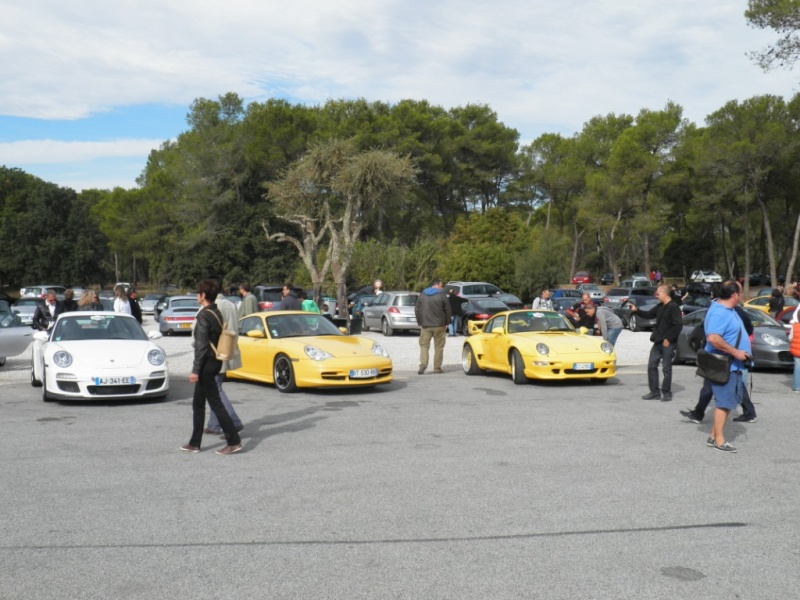 8 octobre 2011 -Paradis Porsche à St Tropez- Le Luc Pa080014