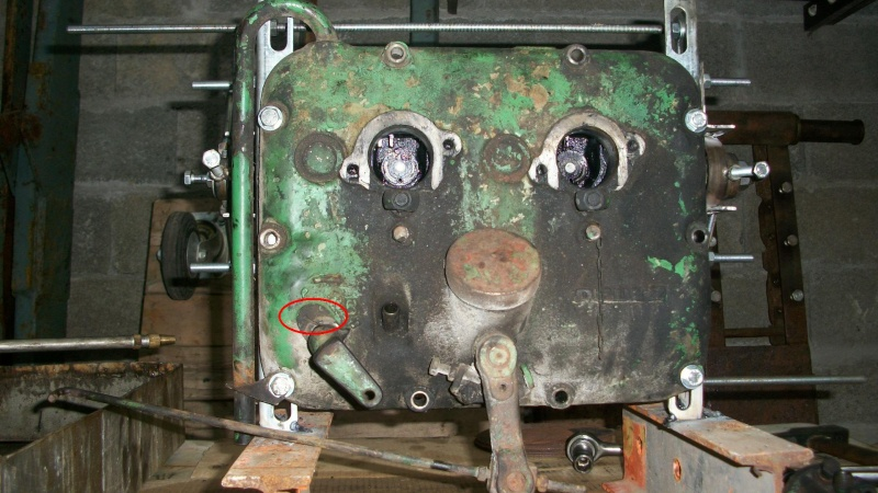 moteur F2L612  fuel passe dans l'huile moteur 100_1431