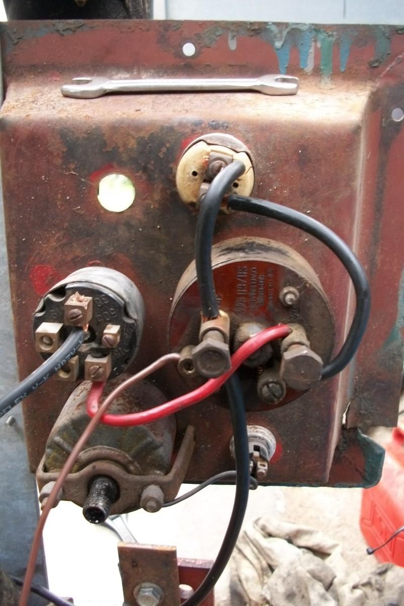 Moteur Deutz F2L612 sur chargeur à chenilles LTM BC20 100_1722