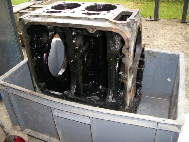 Moteur Deutz F2L612 sur chargeur à chenilles LTM BC20 100_2012