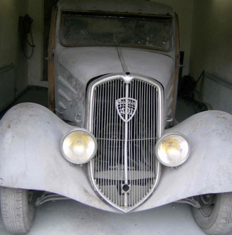 Bonjour les amis des Peugeot 01 401_ec12