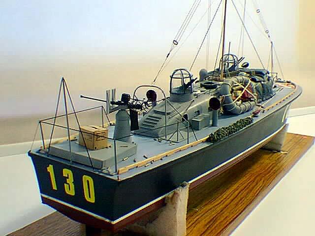 "New Pilot Boat ""Aurora"" B-p-c-10"