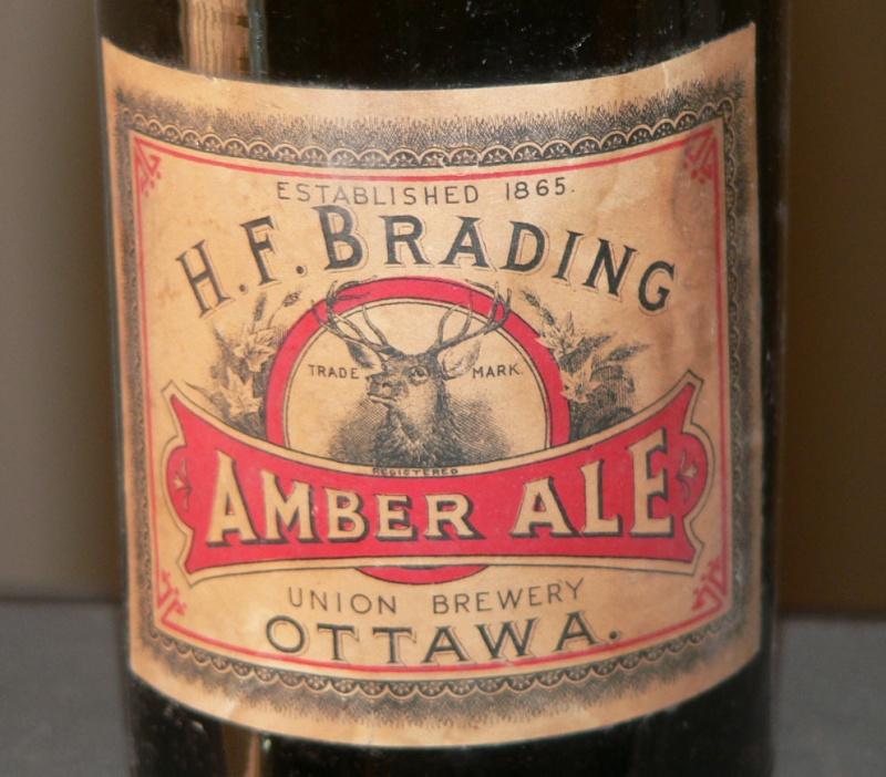 H. F. Brading Amber Ale - Ottawa, Ontario - Blob top de 22oz Bradin11