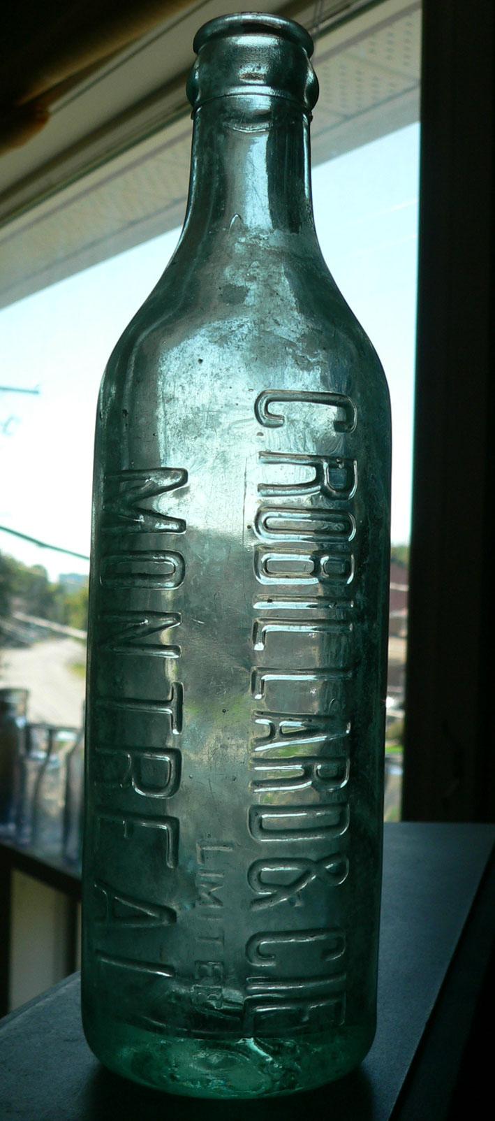 Bouteille de liqueur ABM embossée ROBILLARD de MONTRÉAL, PQ - 10oz Robill10