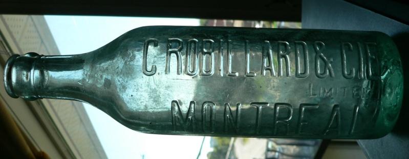 Bouteille de liqueur ABM embossée ROBILLARD de MONTRÉAL, PQ - 10oz Robill11