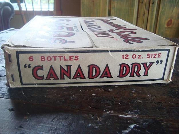 boite en carton canada dry Dsc03022