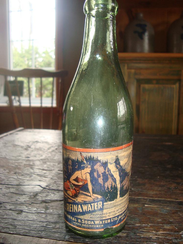 bouteille la reina label de papier. Dsc03028
