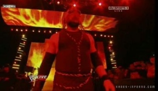 Kane masked : entrance + micro. Normal36