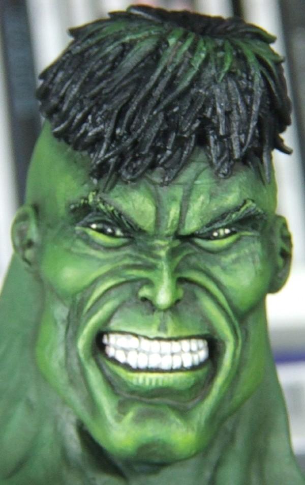 Hulk 53 cm sculpté par Sup3rs3d3d Visage21