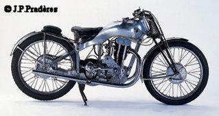Moto française,L'age d'or 1914 - 1940 Mgc210