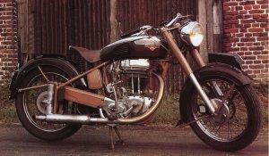 Moto française,L'age d'or 1914 - 1940 Motobe10