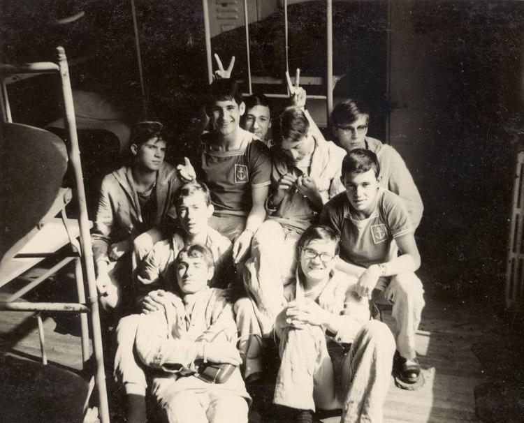 """[ Recherches de camarades ] Recherche Tous les apprentis fusilier marins du """"cour Berva"""", au primptemp 1967. 37198710"""