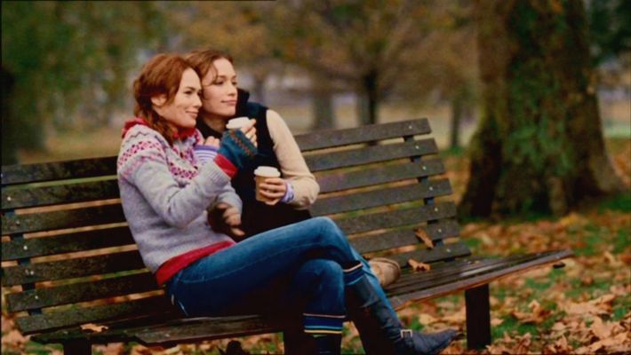 Vos plus belles photos de couples lesbiens - Page 2 936ful12
