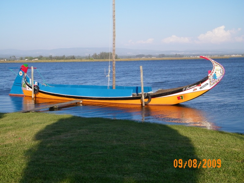 Un bateau ..... pitoresque !!! 100_0412