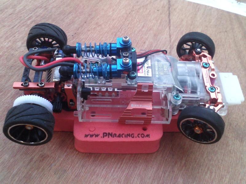 chassis mr03 avec double suspension  P1410112