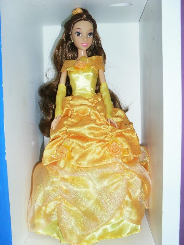 Un nouveau look pour les Princesses Disney - Page 37 Sam_7014