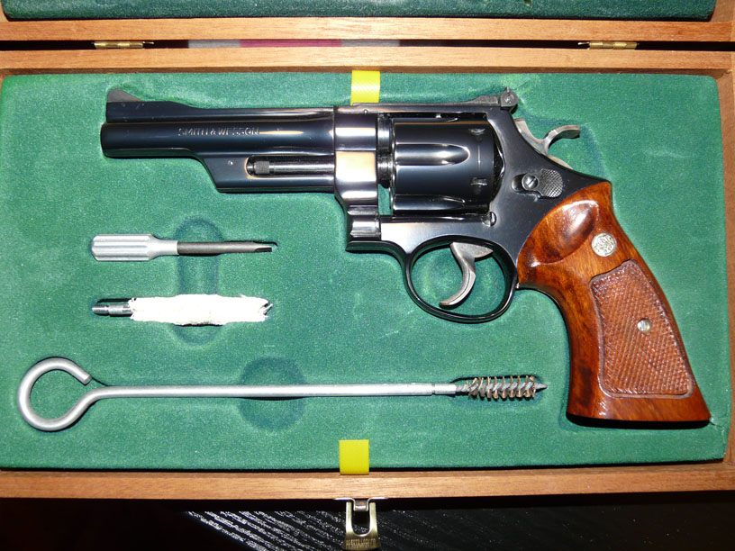 Pourquoi je ne trouve pas de Smith & Wesson modèle 27 ? - Page 3 08-12-11
