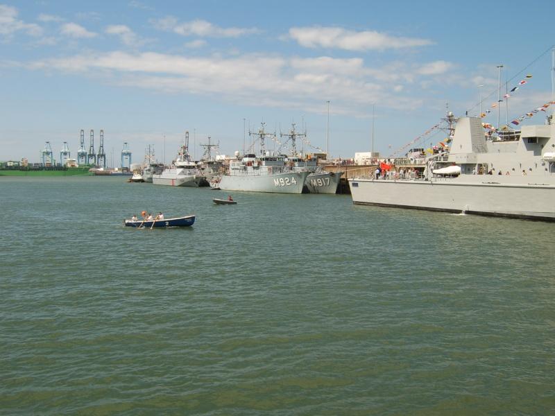 Portes ouvertes 2011 - Navy Days Zeebrugge 2011   - Page 33 2011-031