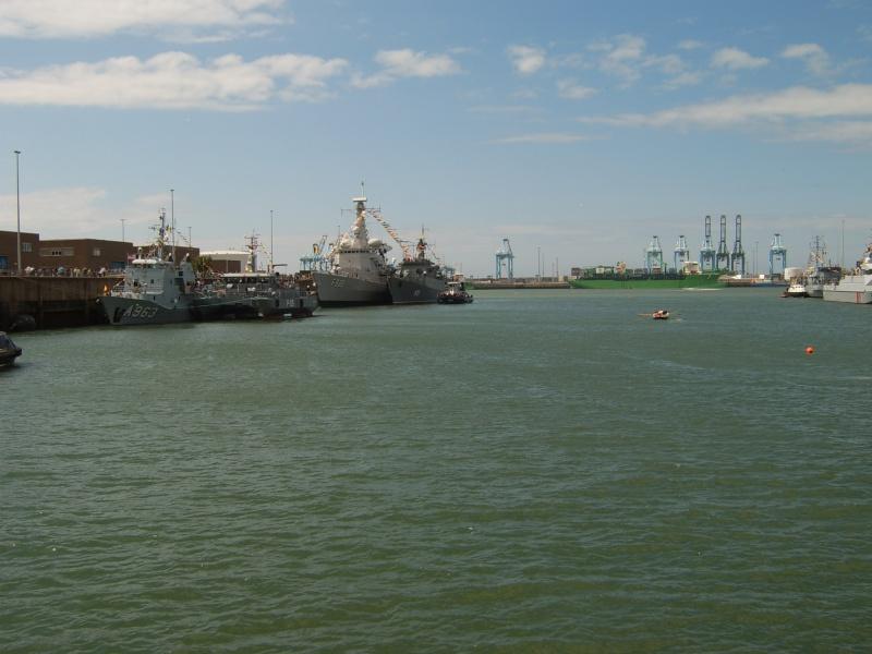 Portes ouvertes 2011 - Navy Days Zeebrugge 2011   - Page 33 2011-032