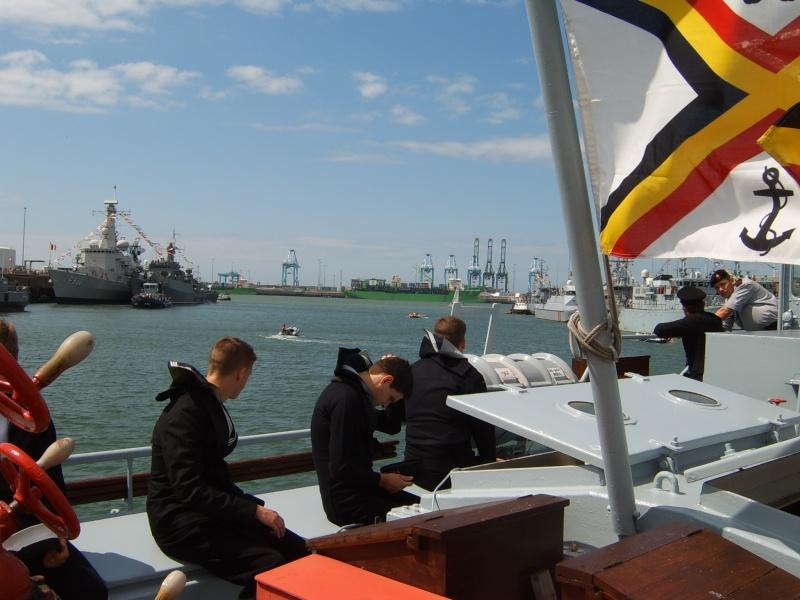 Portes ouvertes 2011 - Navy Days Zeebrugge 2011   - Page 33 2011-035