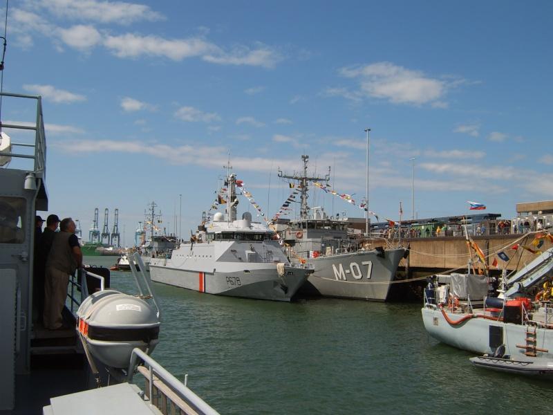 Portes ouvertes 2011 - Navy Days Zeebrugge 2011   - Page 33 2011-040
