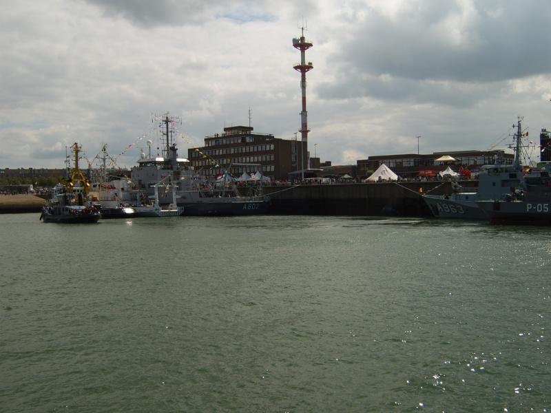 Portes ouvertes 2011 - Navy Days Zeebrugge 2011   - Page 33 2011-041