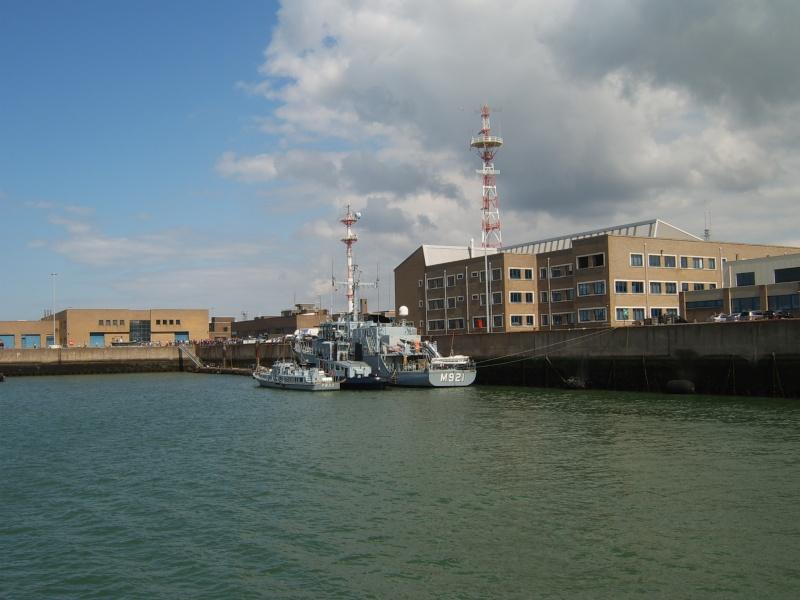 Portes ouvertes 2011 - Navy Days Zeebrugge 2011   - Page 34 2011-051