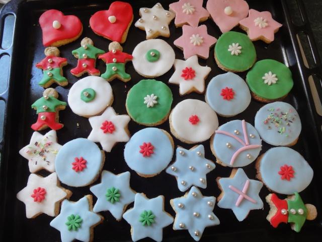 Décembre 2011 : biscuits décorés Dsc04911