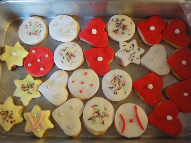 Décembre 2011 : biscuits décorés Dsc04913