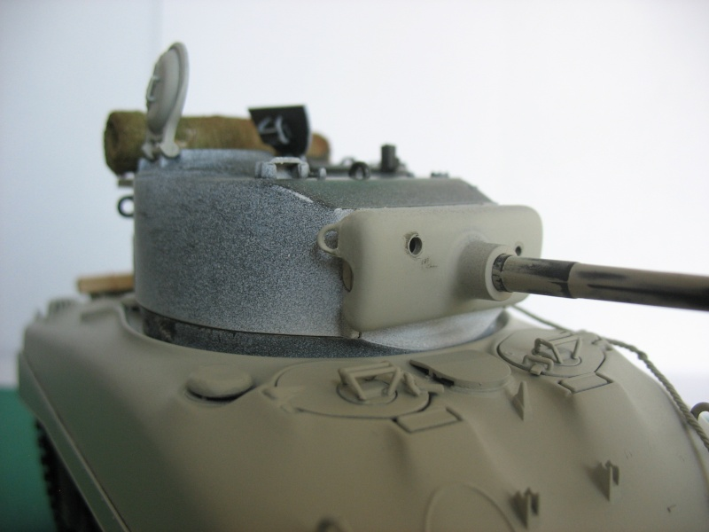 Sherman M4 A1 ITALERI 1:35 - Page 2 Montag18
